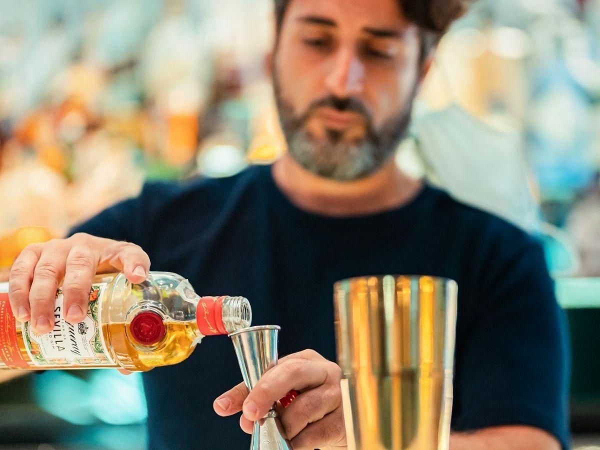 """Taormina ha il suo tempio del cocktail e Christian Sciglio ne è il suo """"Dio"""""""