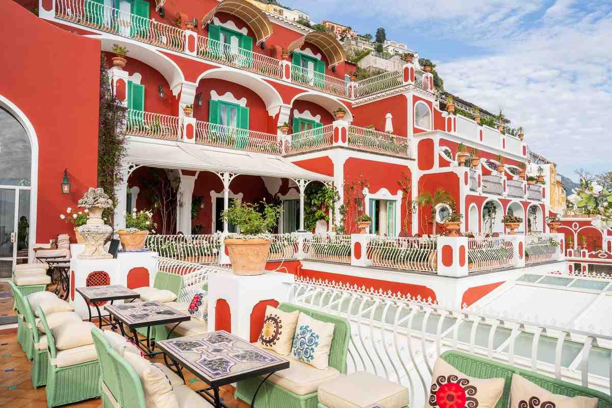 Compie 70 anni l'hotel Le Sirenuse di Positano